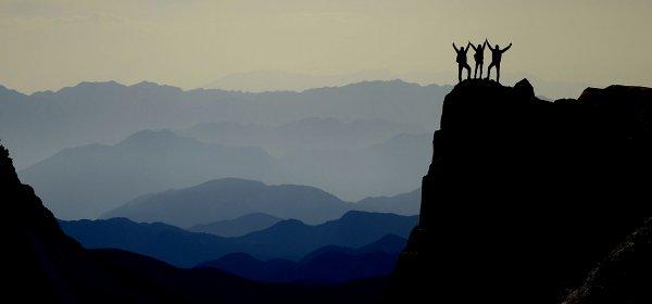 Empathie bedeutet nicht, zu kuscheln, sondern authentisch zu verkörpern, was die Mitarbeiter emotional brauchen, um ihre beste Leistung abzurufen. (c) Getty Images/Huseyin Bostanci