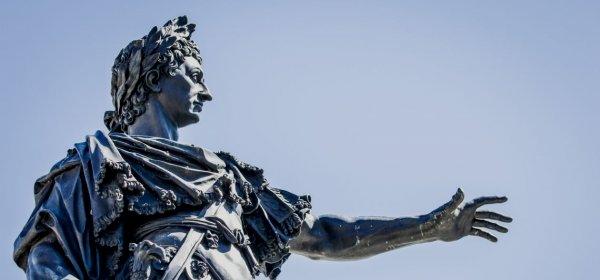 Aufmerksamkeit schaffen wie Kaiser Augustus: Der Anfang einer Rede will gut genutzt sein. (c) Getty Images/FooTToo