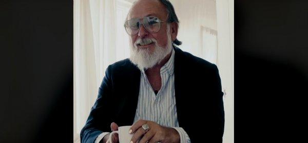 Edekas Testimonial Friedrich Liechtenstein antwortet auf Lidls Wortspiel-Kampagne. / EDEKAdent: (c) Facebook/ Edeka