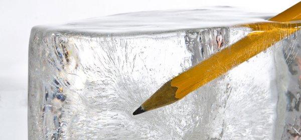 Schreibblockaden seien Teil des kreativen Prozesses, sagt Autor Daniel Fitzke. (c) Getty Images/RCKeller