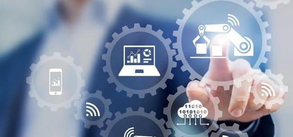 Beim Thema Digitalisierung spricht man zwar über Mittelständler, aber kaum mit ihnen. (c) Getty Images/NicoElNino