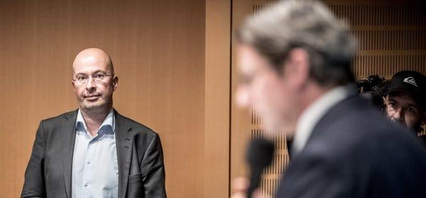 Wolfgang Ainetter (l.) bei einer Pressekonferenz von Andreas Scheuer (r.). (c) picture alliance/dpa/Michael Kappeler