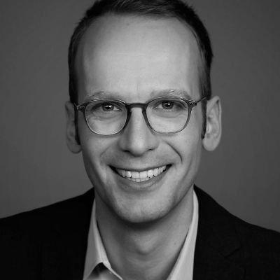 Manuel Adolphsen, Die Hoffotografen