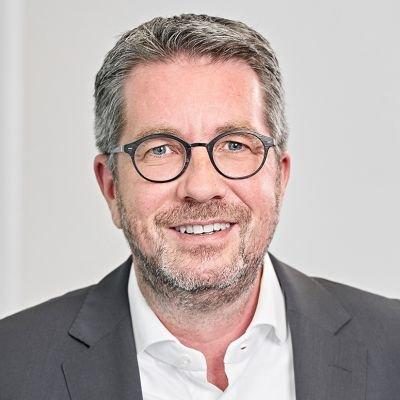 Dirk P. Lindgens (c) Roland Schneider Photographie