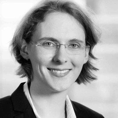 Anna Niedl, 4SC