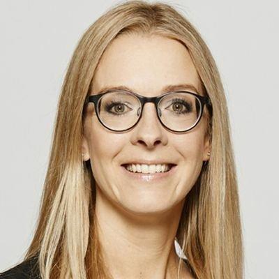 Claudia Oeking, Philip Morris