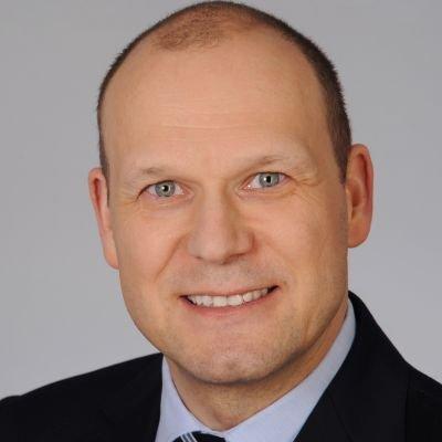 Simon Steiner, Commerzbank