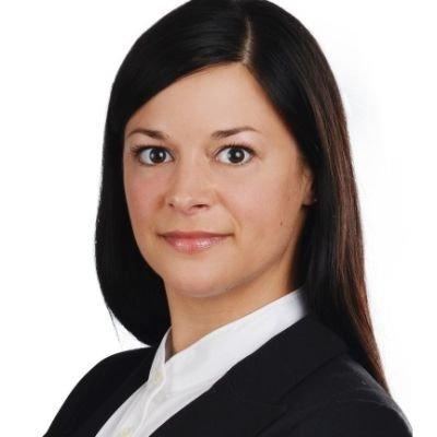 Janina Thom, Neuland Wohnungsgesellschaft